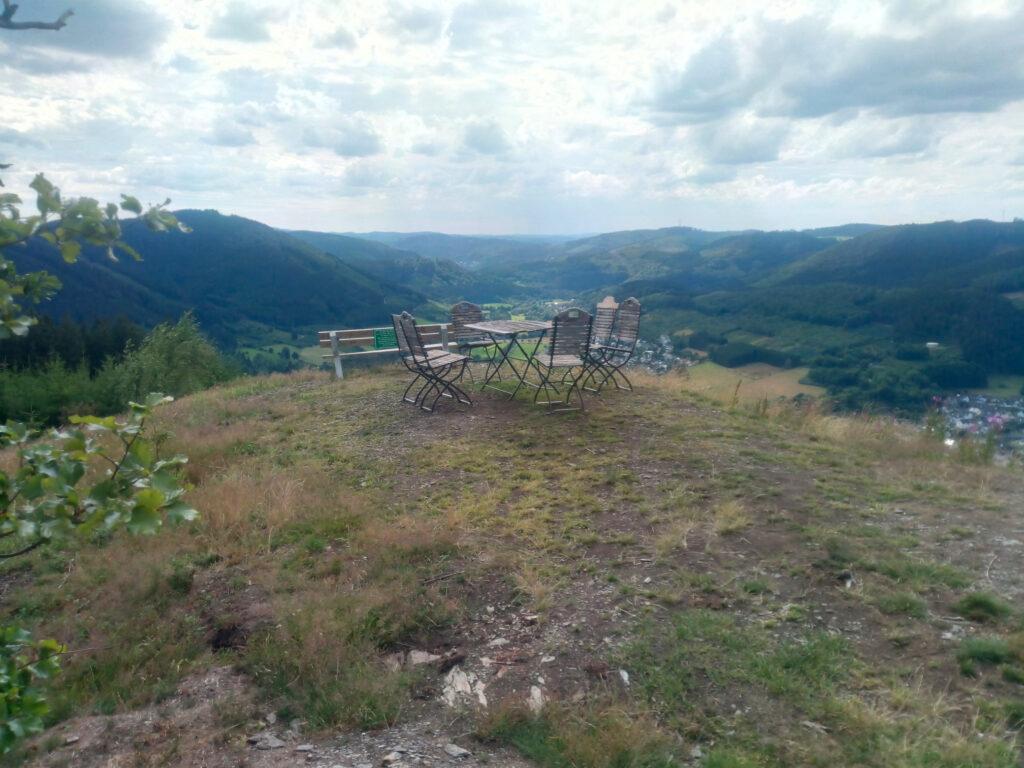 Blick von Törtchens Plätzchen auf dem Berg Rossnacken