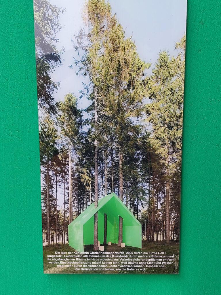 Grünstation auf dem Waldskulpturenweg