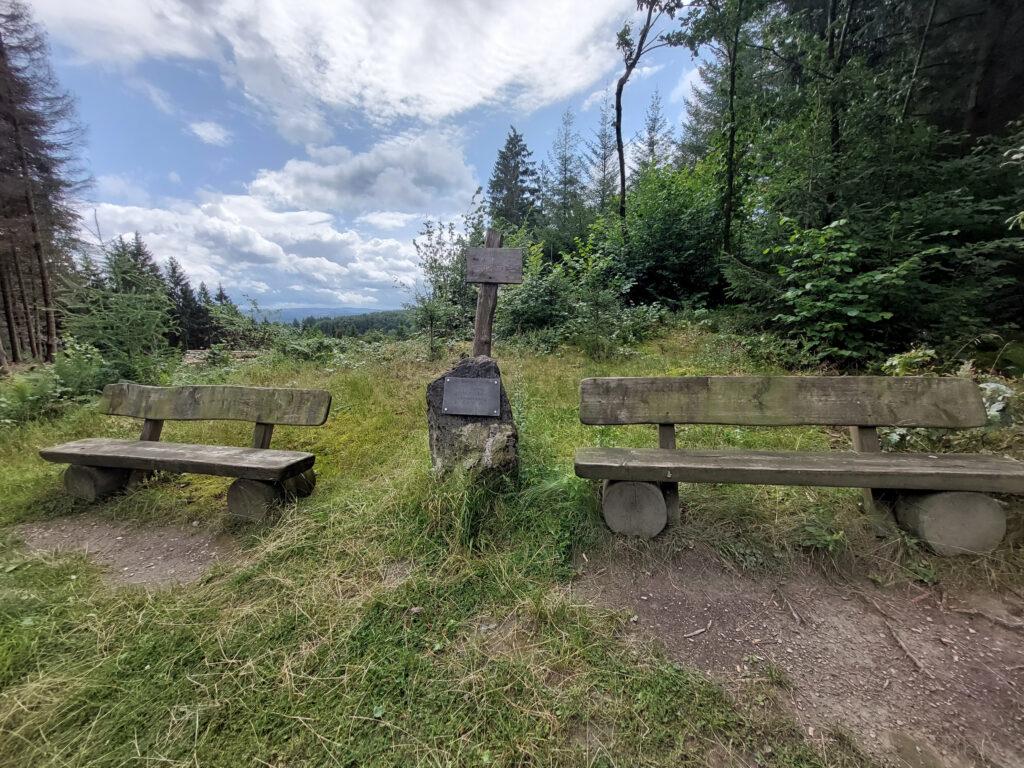Hasenfriedhof oberhalb von Melbecke